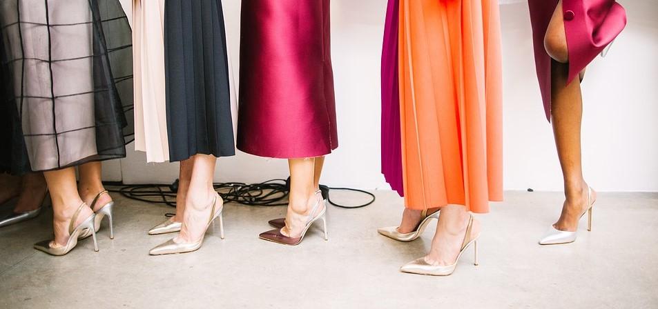 Czy kobiety chętnie kupują buty gwiazd